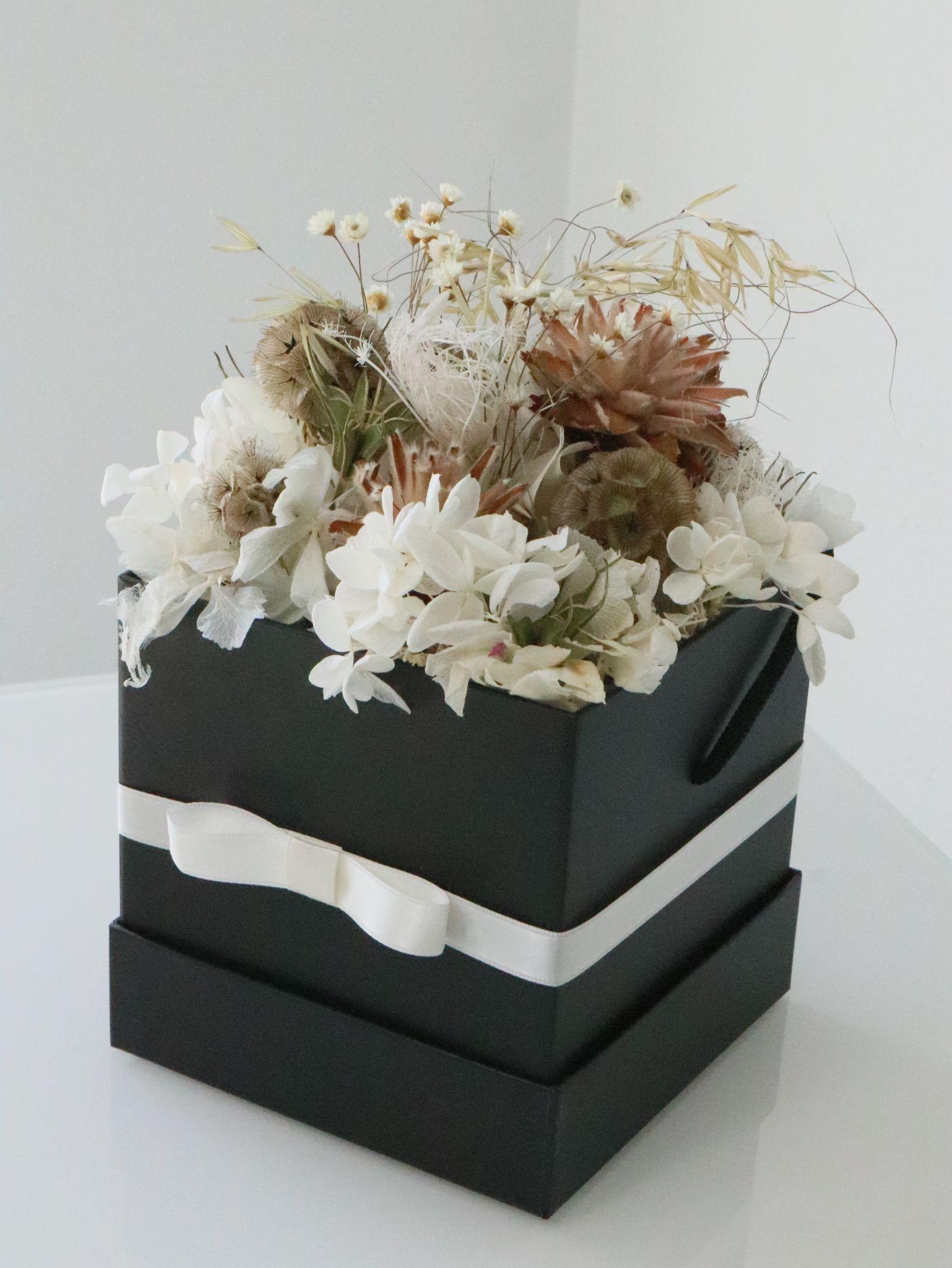 Flowerbox mit Trockenblumen